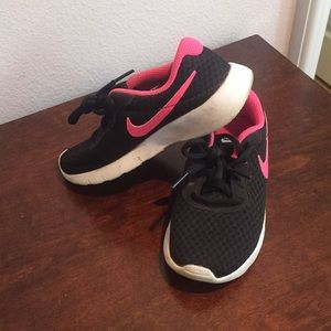 Girls Nike sneakers